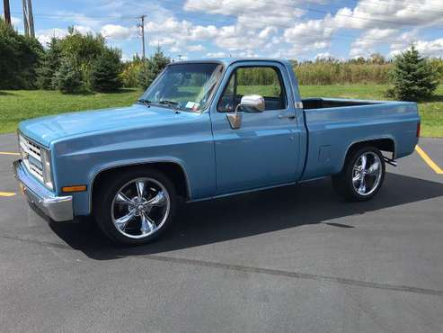 1987 Chevy, short bed for sale in Niagara Falls, NY