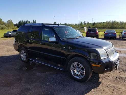 2006 Mercury Mountaineer Premier AWD!! for sale in Hermantown, MN