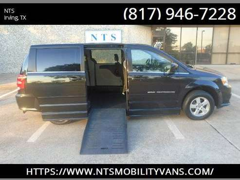 12 DODGE GRAND CARAVAN HANDICAPPED WHEELCHAIR MOBILITY MANUAL RAMP VAN for sale in Irving, TN