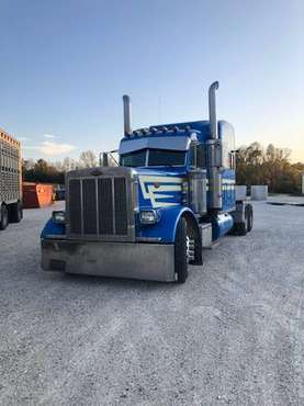 2003 Peterbilt / Price OBO for sale in Luxemburg, WI