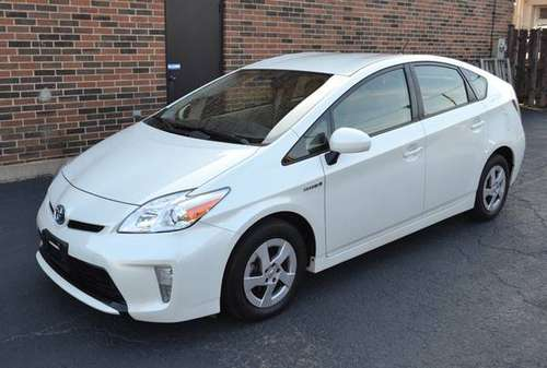 2013 Toyota Prius 5dr Hatchback Three,Navi,Bluetooth,BackupCam for sale in Arlington Heights, IL