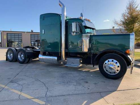 2000 PETERBILT 379 for sale in Oklahoma City, OK