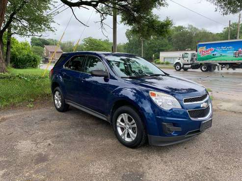 (2010 Chevy Equinox Only 76,000 miles) for sale in Lansing, MI