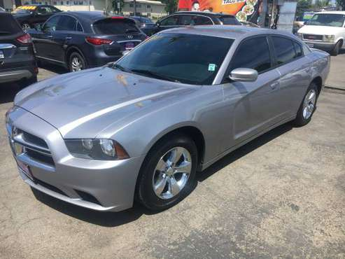 2013 Dodge Charger SE LOW MILES! (US MOTORS) for sale in Stockton, CA