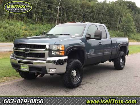 2008 Chevrolet Silverado 2500HD 4WD Ext Cab 6.6L DURAMAX for sale in Hampstead, NH