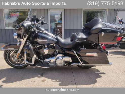 SEASON SPECIAL! RIDES PERFECT! 2013 HARLEY-DAVIDSON FLHTK ELECTRA... for sale in Cedar Rapids, IA