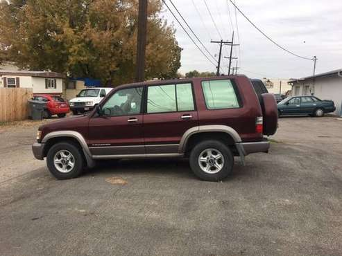 !!2002 ISUZU TROOPER !! FOR PARTS OR FIX!! for sale in Boise, ID