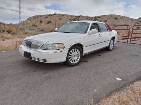 2003 Lincoln Town Car - cars & trucks - by owner - vehicle... for sale in Algodones, NM
