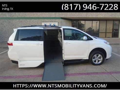 2017 TOYOTA SIENNA MOBILITY HANDICAPPED WHEELCHAIR POWER RAMP VAN for sale in irving, TX