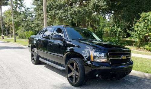 2007 Chevy Avalanche LT for sale in Glenwood, FL