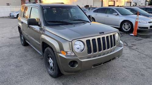 2008 Jeep Patriot Sport 4X4 SUV*Only 150K Mile*Runs Great*Big 4x4... for sale in Manchester, NH