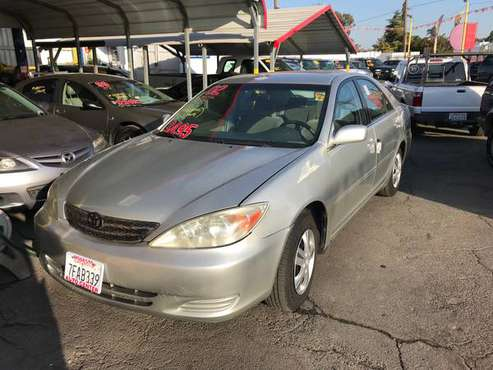 2005 TOYOTA CAMRY, SILVER, 4 Cylinder, Automatic, GAS SAVER!!! for sale in Modesto, CA