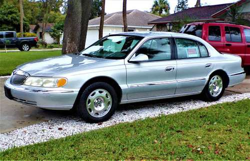 2001 Lincoln Continental - cars & trucks - by owner - vehicle... for sale in Daytona Beach, FL