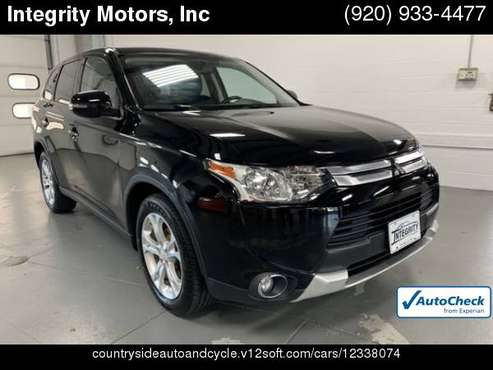 2015 Mitsubishi Outlander SE ***Financing Available*** for sale in Fond Du Lac, WI