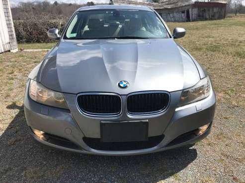 BMW 328 XDRIVE, SUPER CLEAN, JUST SERVICED, GORGEOUS COLOR COMBO! for sale in Attleboro, NY