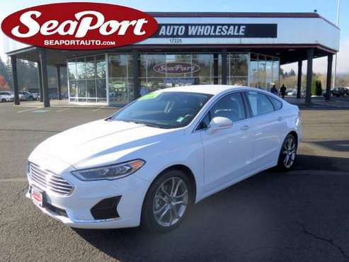 2019 Ford Fusion SEL Turbo 4 Door Sedan *Like New* - cars & trucks -... for sale in Portland, OR