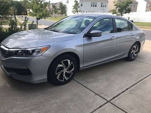 2017 Honda Accord/30230 miles/Clean title for sale in Charlotte, NC