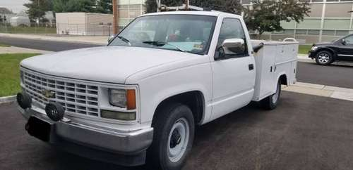 SERVICE TRUCK WITH TOOLS TO REPAIR TRUCKS FOR SALE!!! for sale in Carteret, NJ