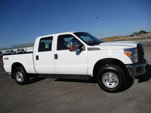 2014 Ford F-250 Super Duty 4x4 Crew Cab Fx4 XL - cars & trucks - by... for sale in Lawrenceburg, TN