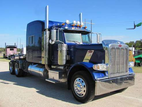 2009 Peterbilt 389 Extended Hood for sale in Burleson, TX