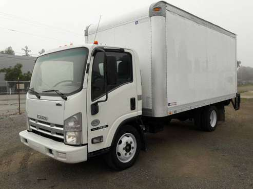 2009 ISUZU NQR 16 FEET BOX TRUCK WITH LIFT GATE CERTIFIED CLEAN IDLE for sale in San Jose, CA