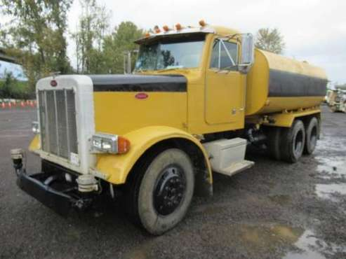 1996 Peterbilt 379 4,000 Gal. T/A Water Truck for sale in Portland, OR