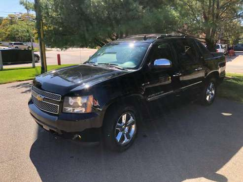 *** 2011 Chevrolet Avalanche LTZ 5.3L 4X4 so it is loaded.**Just only for sale in Nashua, RI