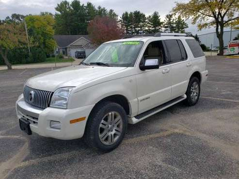 2008 Mercury Mountaineer Premier AWD for sale in Fort Atkinson, WI