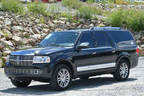 2010 *Lincoln* *Navigator* *L* - cars & trucks - by dealer - vehicle... for sale in Naugatuck, CT