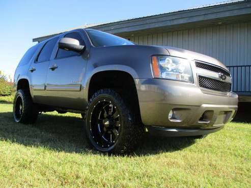 "LIFTED 2012 CHEVY TAHOE 4X4 LT 20"" MOTO METAL WHEELS *NEW 33X12.50'S!! for sale in KERNERSVILLE, NC"