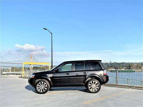 2014 LAND ROVER LR2 HSE - BLACK ON BLACK - ONLY 39K MILES for sale in Seattle, WA