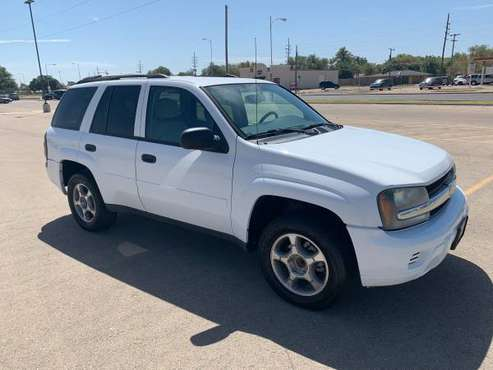 Nice 2007 Chevy Trailbazer for sale in Lubbock, TX