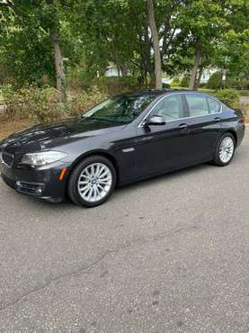 2016 BMW 528i Runs Great-Metallic Gray w/ White Leather CHEAP for sale in Massapequa Park, NY