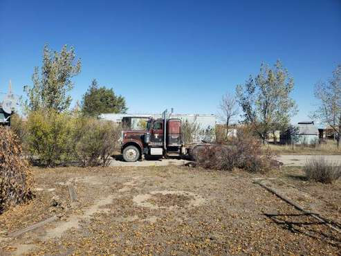 1982 359 peterbilt and 79 fruhauf pnumatic for sale in Mills, WY