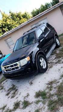 Ford escape 2008 for sale in Sarasota, FL