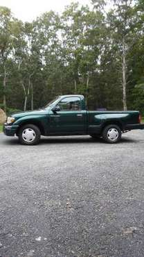 2000 Toyota Tacoma step-side for sale in Charlestown, RI