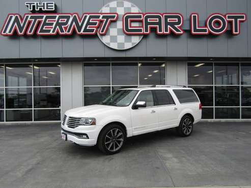 2016 *Lincoln* *Navigator L* *4WD 4dr Reserve* - cars & trucks - by... for sale in Council Bluffs, NE