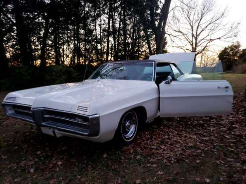 1967 Pontiac Grand Prix - cars & trucks - by owner - vehicle... for sale in Festus, MO