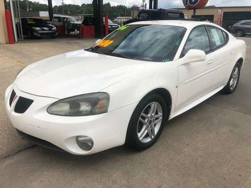 2006 *Pontiac* *Grand Prix* *4dr Sedan GT* - cars & trucks - by... for sale in Hueytown, AL