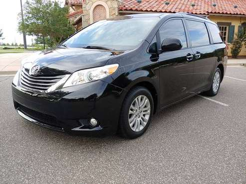 2014 TOYOTA SIENNA XLE LOW MILES! SEATS 8! LEATHER! DVD! SUNROOF! NAV! for sale in Norman, KS