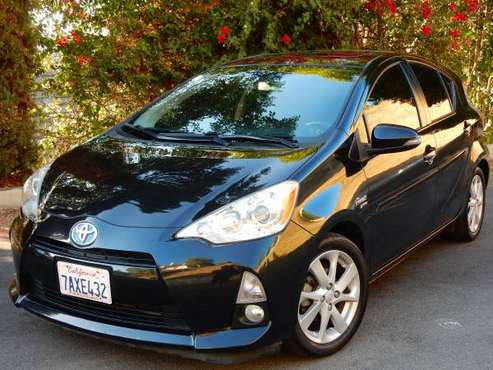 2013 TOYOTA PRIUS C 4 | CLEAN TITLE | LEATHER | NAVIGATION | SUNROOF for sale in Woodland Hills, CA