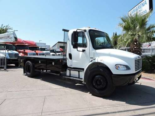 2009 FREIGHTLINER BUSINESS CLASS M2 16 FOOT FLATBED with for sale in Grand Prairie, TX