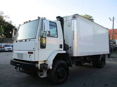 2004 Sterling SC- 8000 Series for sale in Totowa, NJ