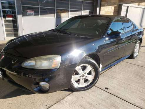 2005 PONTIAC GRAND PRIX - cars & trucks - by dealer - vehicle... for sale in MILWAUKEE WI 53209, WI