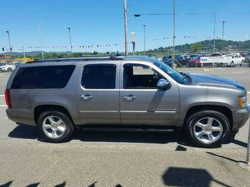 2007 cheverolet suburban trade or $8,500 obo for sale in Beaverton, OR