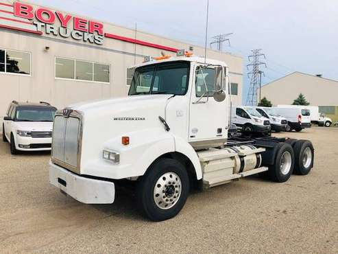 2013 Western Star 4900sb for sale in 2500 Broadway Drive Lauderdale 55113, MN