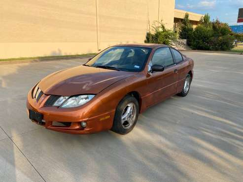 2004 Pointiac sunfire - cars & trucks - by owner - vehicle... for sale in Dallas, TX