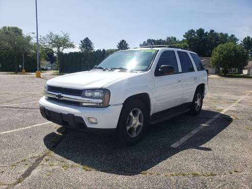 2005 Chevy Trailblazer LT 4WD for sale in Fort Atkinson, WI