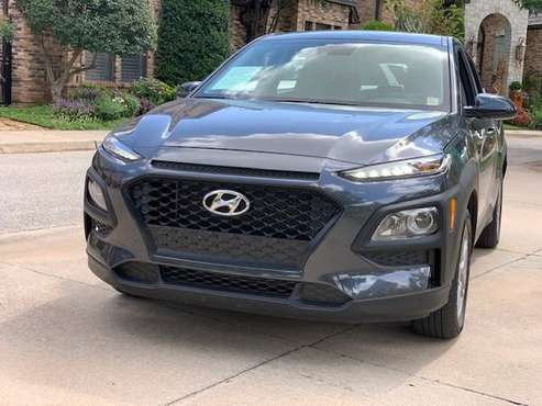 2019 HYUNDAI KONA SE AWD!! ONLY 7,779 MILES!! 1 OWNER!! 30+ MPG!! for sale in Norman, KS