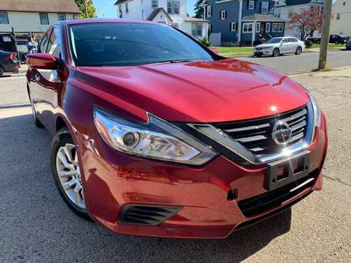 2016 Nissan Altima S 37k miles Red/blk Clean title Paid off cash deal for sale in Baldwin, NY